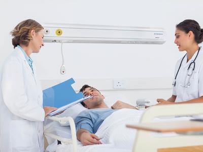 Пневмония симптомы у взрослых лечение антибиотиками