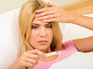 При температуре 37 человек может чувствовать сонливость и усталость