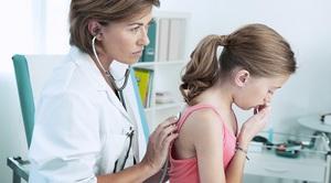 Лечить кашель должен врач