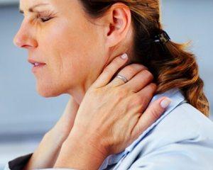 Остеохондроз и проблемы с ЖКТ как причины ощущения кома в горле