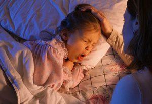 Что делать, если ребенка мучают приступы кашля?