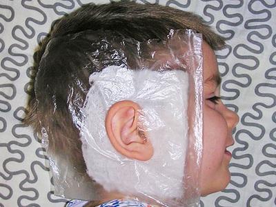 Спиртовой компресс на ухо сколько держать