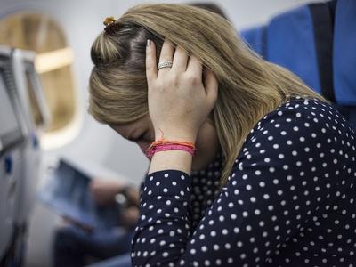 Почему закладывает уши – это серьёзный симптом или ерунда, которая сама пройдёт? Заложило ухо: что делать в домашних условиях - Автор Екатерина Данилова