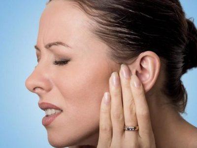 Шишка на мочке уха как лечить народными средствами